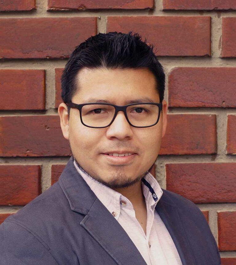 Ing-Geógrafo-Guillermo-Vásquez-Saneamiento-físico-legal Perú