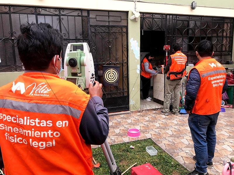 Declaratoria-de-fábrica-saneamiento-físico-legal-familia-Bustamante-Los-Olivos-Perú-2021-Véliz-y-Asociados-1
